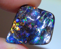 7.65 ct Gem Multi Color Queensland Boulder Opal