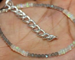 12 Crt Natural Ethiopian Welo Opal & Labradorite Beads Bracelet 133