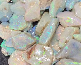 200 CTs Select pieces, Lightning Ridge Rough Opals Cutters Grade,#407