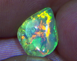 2.60 cts Ethiopian Welo FLASH crystal opal N9 4/5