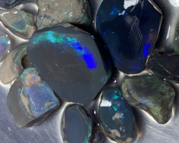 68 CTs of Solid/Natural Lightning Ridge Rough Black Opal, #446