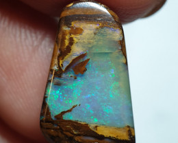 6.95 cts Boulder Pipe Crystal Opal B78