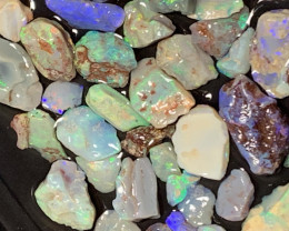 210 CTs of Lightning Ridge Rough Opals,#577