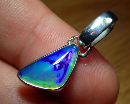 9.92ct. Sterling Silver Blazing Welo Solid Opal Pendant