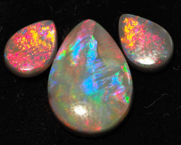 8.95CT BLACK OPAL SET  LIGHTNING RIDGE RE683