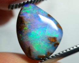 3.20 cts Boulder Pipe Crystal Opal C4