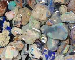 MIX PARCEL; 1100 CTs of Solid/Natural Lightning Ridge Opal, #696
