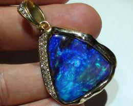 31.30 ct Top Class 18 k Yellow Gold Gem Blue Green Boulder Opal Pendant