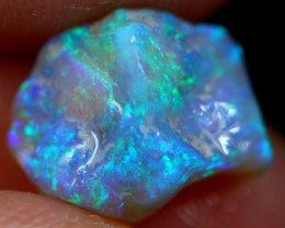 2.68cts Australian Lightning Ridge Opal Rough / VG201