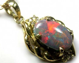 IMPRESSIVE RED FIRE BLACK  OPAL 18K GOLD PENDANT SCA389