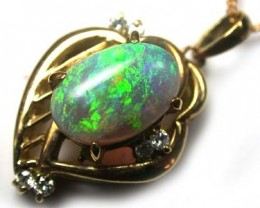 REMARKABLE GREEN FIRE BLACK CRYSTAL  18K GOLD PENDANT SCA393