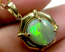 FANTASTIC FIRERY BLACK OPAL 18K GOLD PENDANT 3 CTS SCA428