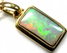 FANTASTIC FIRERY CRYSTAl OPAL 18K GOLD PENDANT 4.2 CT SCA447