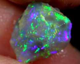 1.50cts Australian Lightning Ridge Opal Rough / VG309