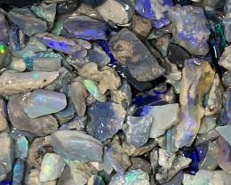 PLENTY OF COLOURS; 400 CTs of Beautiful Solid/Natural Lightning Ridge Opal,