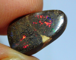 3.45 ct Beautiful Multi Color Koroit Boulder Opal Matrix