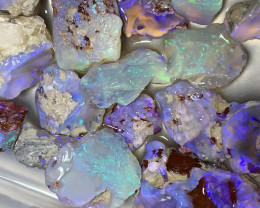 SELECT ROUGH PARCEL FOR CUTTERS; 385 Cts Lightning Ridge Rough Opals,#1107
