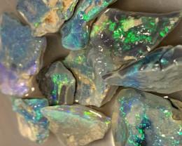 DARK ROUGH TO CUT; 27.5 CTs of Lightning Ridge Rough Opal #1183