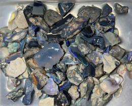 ROUGH OPALS; 700 CTs of Lightning Ridge Rough Opals #1269