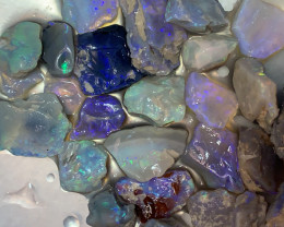 **CUTTERS SELECT**; 100 CTs of Lightning Ridge Rough Opal #1270
