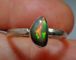 7.5sz .925 Sterling Dark Blazing Welo Solid Opal Ring