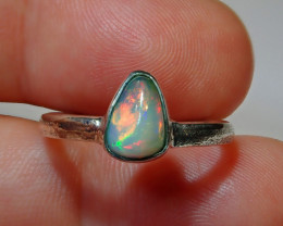 7.5sz .925 Sterling Bright Welo Solid Opal Ring