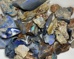 ROUGH PARCEL; 1500 CTs of Lightning Ridge Rough Opal #1390