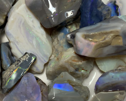HIGH POTENTIAL ROUGH; 330!CTs of Lightning Ridge Rough Opal #1395