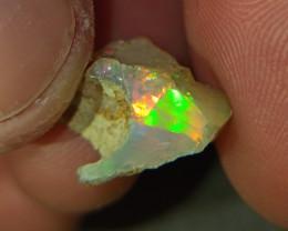 4.5 Carat   Gem quality welo opal rough