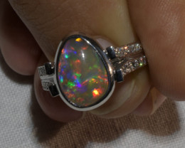 Australian Solid Crystal Black Opal White 18 CT Gold Diamond Ring j004