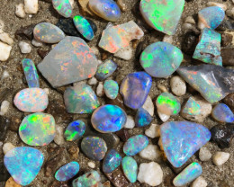 128 carats of Very Bright Rubs from lightning Ridge