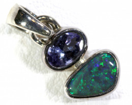 7.5  CTS BLACK OPAL  SILVER PENDANT   OF-133