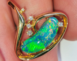 Black Opal 18k solid Yellow Gold Pendant with diamonds BP0M196241119