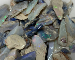 ROUGH & COLOURS; 190 CTs of Lightning Ridge Rough Opal #2136