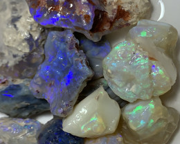 POTENTIAL ROUGH; 230 CTs of Lightning Ridge Rough Opal #2267