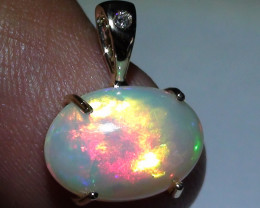 7.85 ct Stunning 14K Solid Gold Diamond Natural Gem Rainbow Color Welo Pend