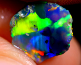 0.80cts Australian Lightning Ridge Opal Rough / WR546