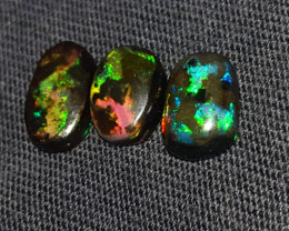 4.00 CRT BROAD FLASH DELUXE COLOR SPECIMENT INDONESIAN OPAL WOOD FOSSIL