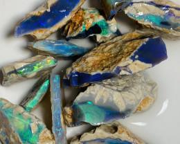 CUTTERS GRADE ROUGH - BRIGHT SEAM OPAL ROUGH #2692