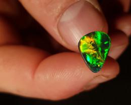 2.37 ct SH Lightning Ridge Opal