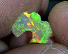 3.15 cts Ethiopian Welo RIBBON FLASH PINFIRE polished crystal opal N9 4,5/5
