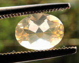 0.85ct MEXICAN LIGHT GOLDEN OPAL GEMSTONE OVAL FACETED