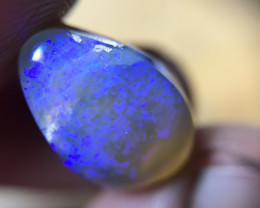 5.32ct lightning ridge crystal opal with crazy royal blues
