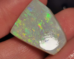BEAUTIFUL PIECE OPAL ROUGH 29.04 CARATS