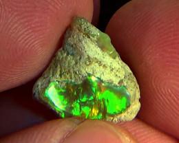 6.40 cts Ethiopian Welo CIRRUS rough dark brilliant opal N4 5/5