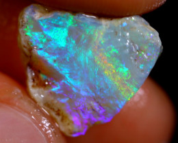 5cts Australian Lightning Ridge Opal Rough / WR1145