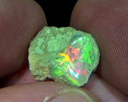 5.60 cts Ethiopian Welo CIRRUS rough opal N6 4,5/5