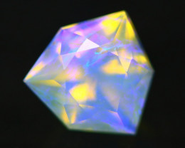 0.72Ct Designer Cutting Lightning Ridge Faceted Crystal Opal H65