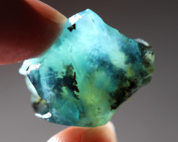 20.21 CTS  A GRADE BLUE PERU OPAL ROUGH WITH DENDRITIC INCLUSIONS  [VS8036]