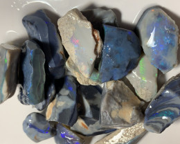 DARK OPAL ROUGH WITH NICE CUTTERS - 300 CTS  #3625